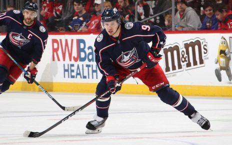 Коркинец Артемий Панарин набрал 300 очков в НХЛ!