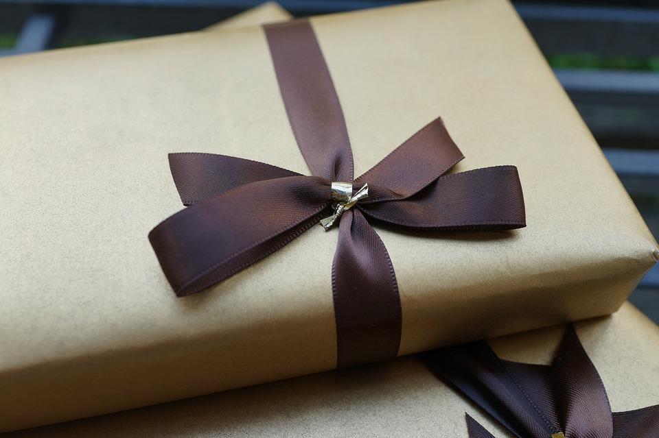 Советы, как выбрать качественные подарки для любимых