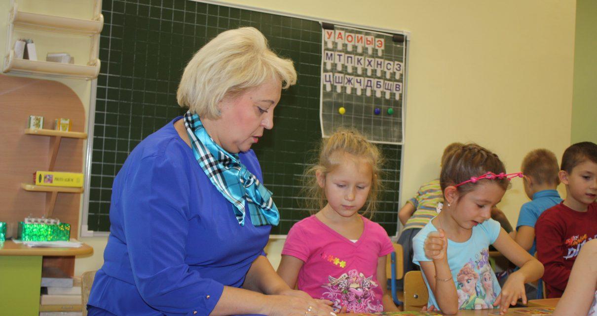В Челябинской области выберут лучшего воспитателя