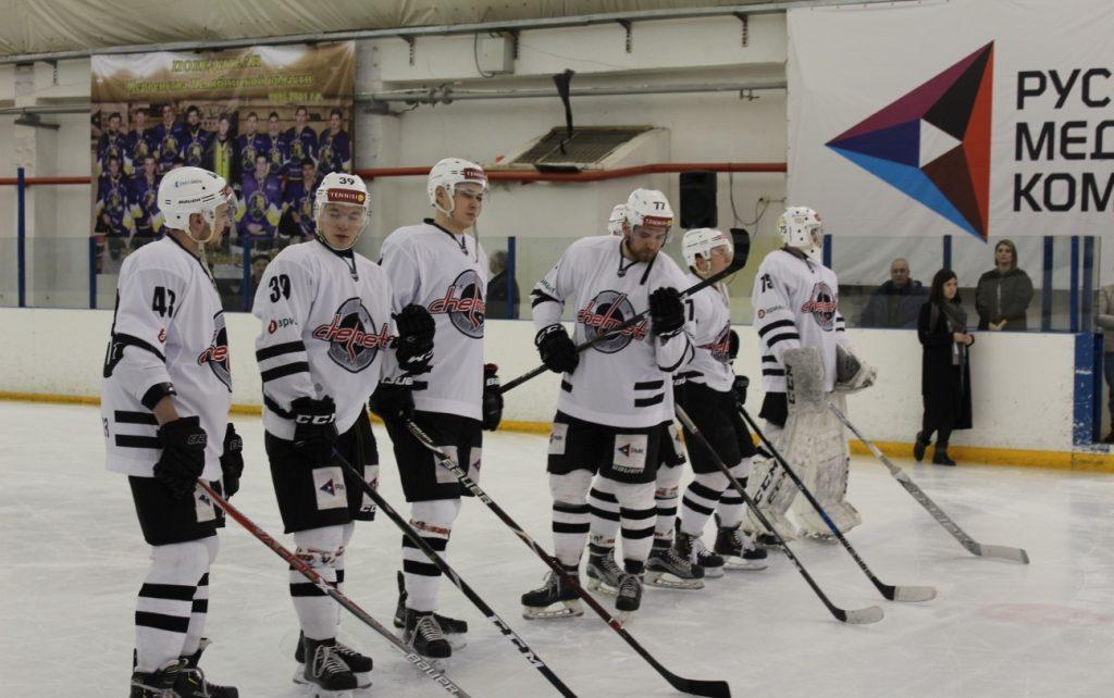 Хоккеисты в Первомайском порадовали болельщиков