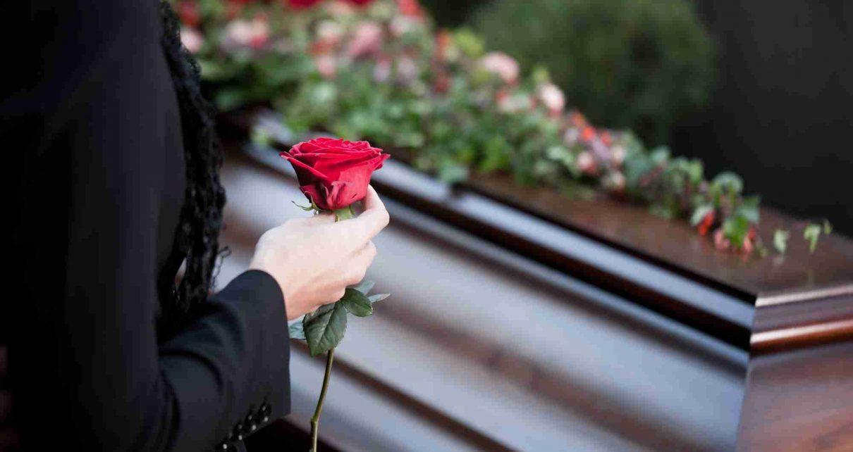 Быть ли похоронному бюро?  Зависит от нас