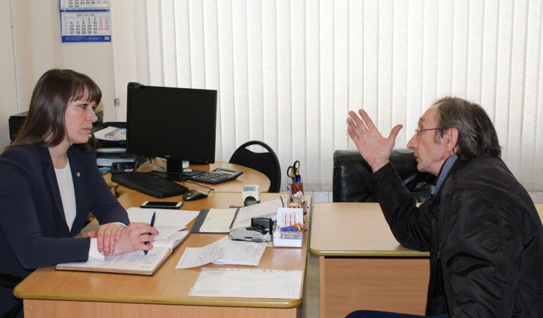 С какими вопросами обратились жители к главе Коркинского района?