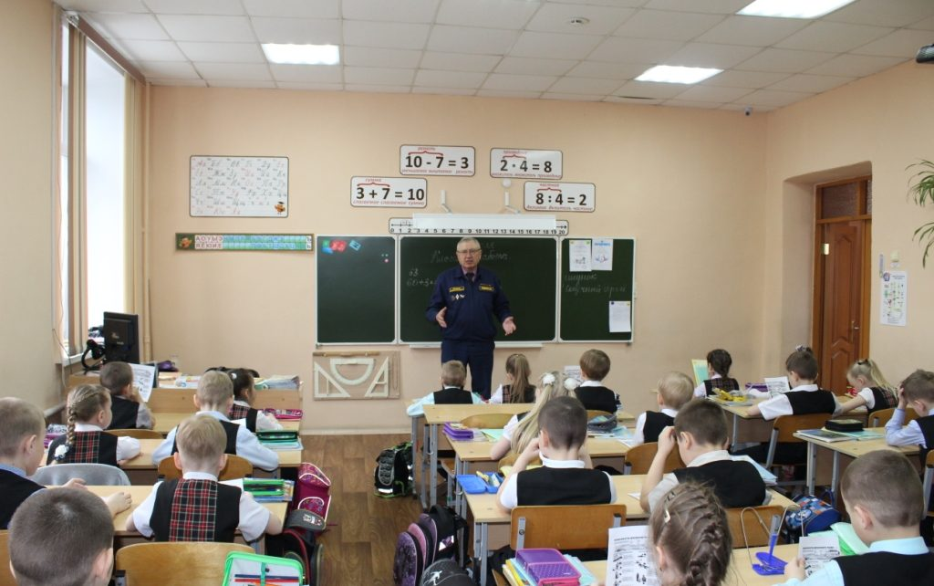 Коркинских школьников предупреждают об опасности весеннего льда