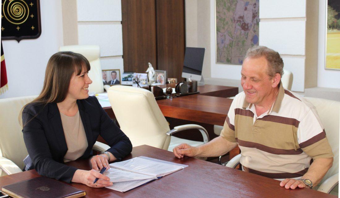 Розинцы поблагодарили Алексея Текслера и Наталью Лощинину