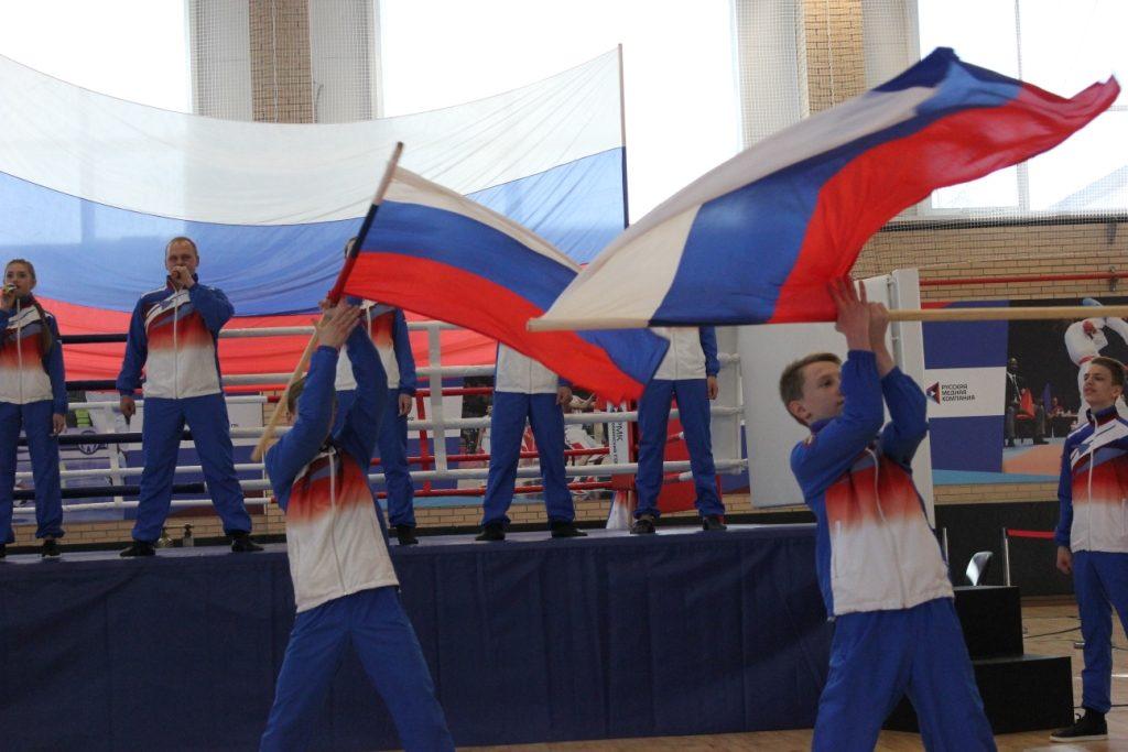В Коркинском районе стартовал турнир «Стенка на стенку»