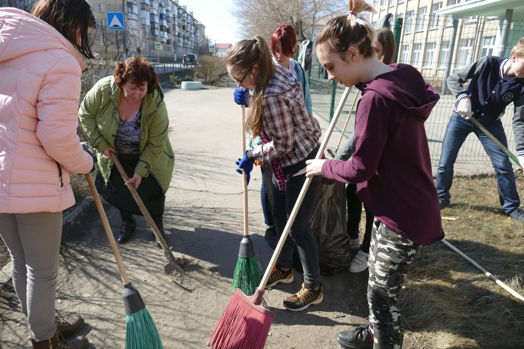 В Коркинском районе стартовали массовые субботники