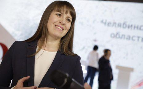 Наталья Лошинина и Николай Швец поздравляют коркинцев с Днём Победы