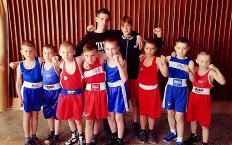 Коркинские боксёры ФОКа РМК отличились в Еткуле!