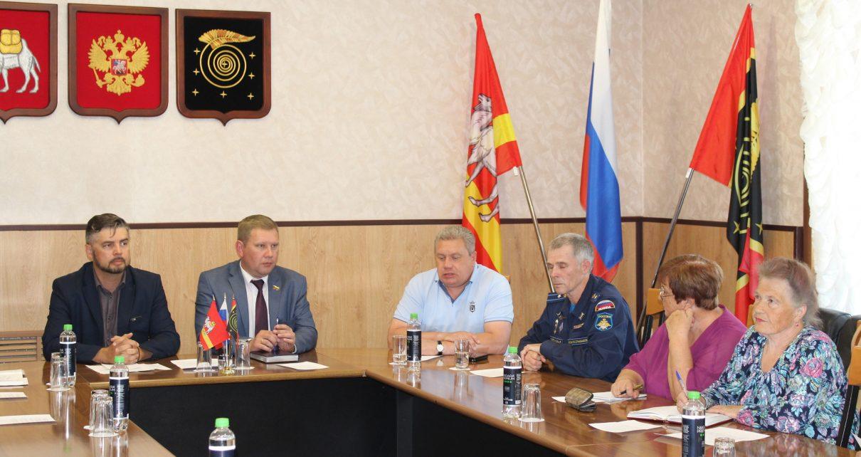 Общественная палата Коркинского района перенимает опыт создания Совета отцов