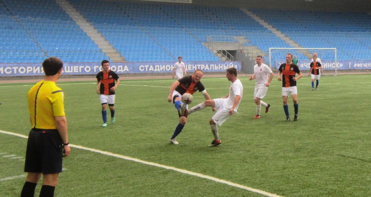«Шахтёр» (Коркинский район) вырвался в лидеры чемпионата области!