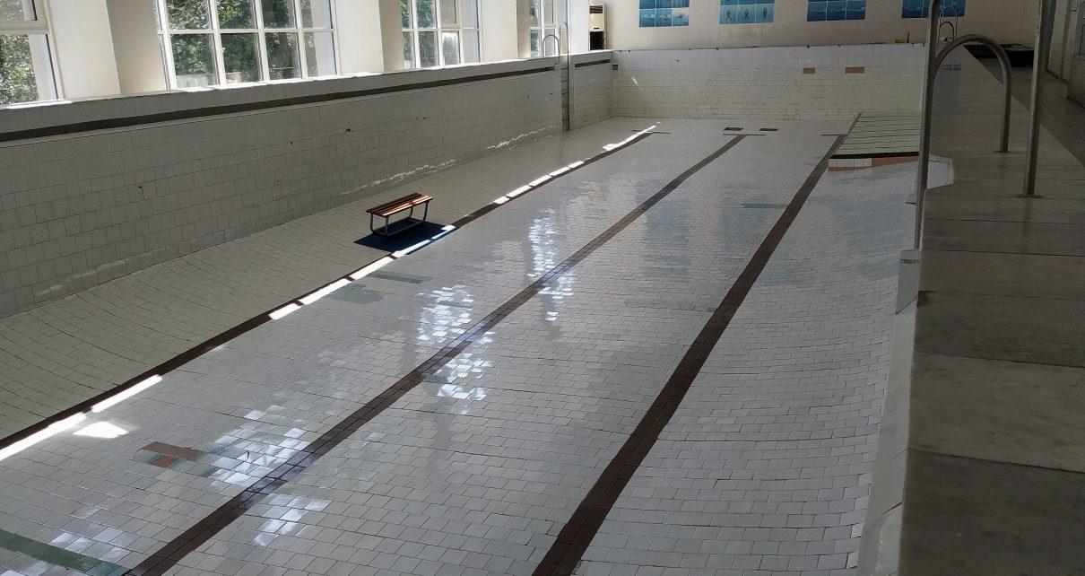 Ремонт в бассейне Коркинского района близок к завершению