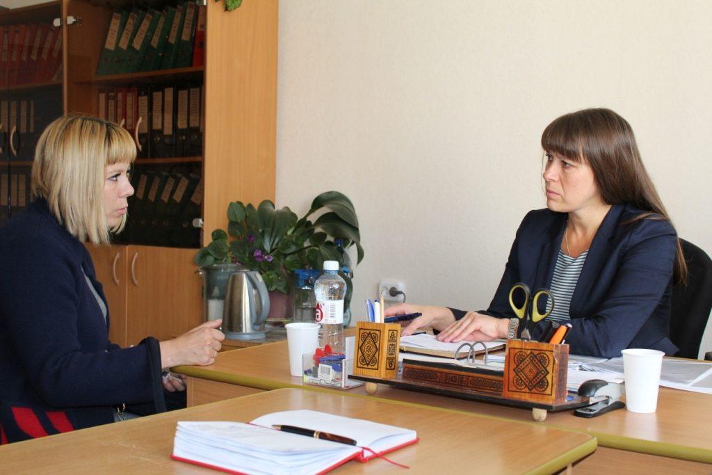 Наталья Лощинина и Виталий Марченков провели приём коркинцев