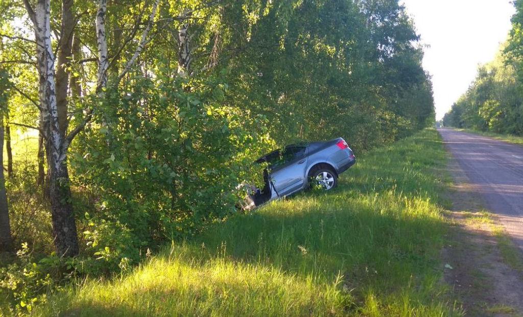 В Коркино водитель не справился с управлением иномарки
