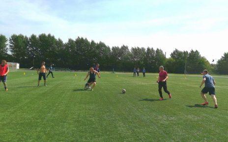 Завершается турнир по мини-футболу на призы главы района и «Горнячки». Кто победит: «Спорты» или «Гол»?