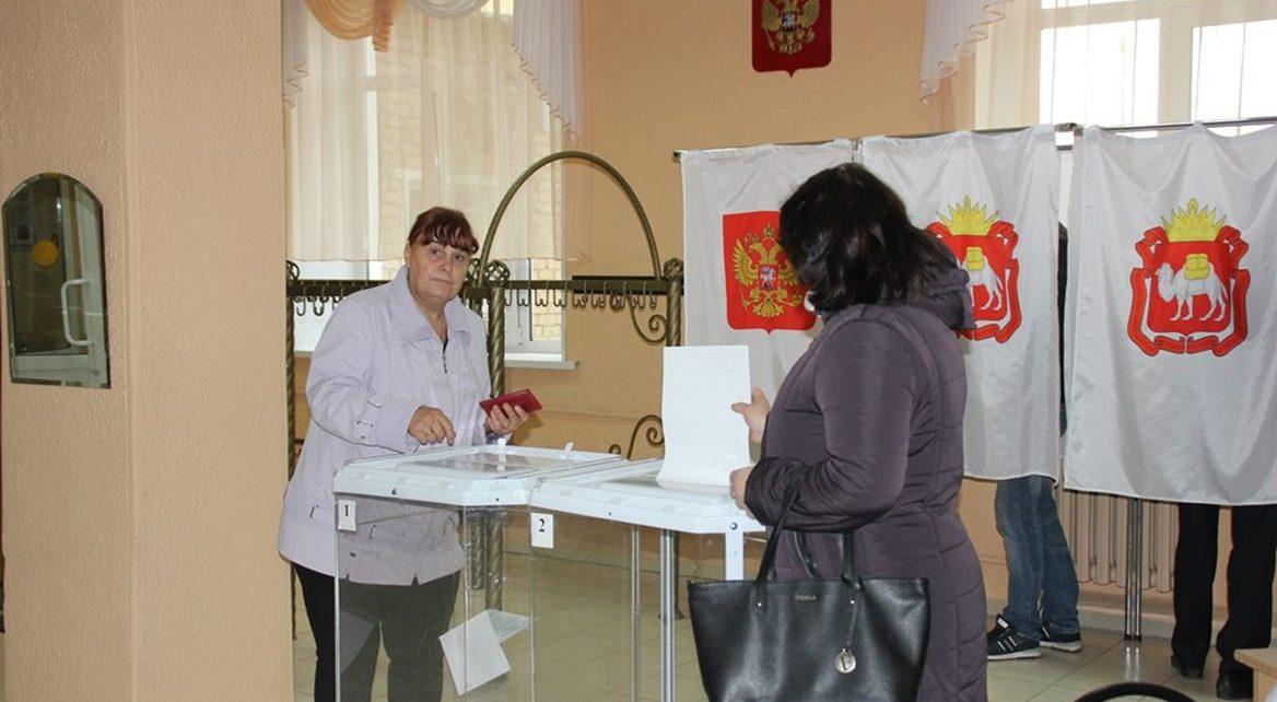 Коркинцы большинством голосов выбрали Алексея Текслера и Марину Щенникову