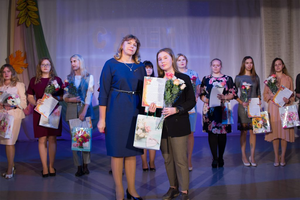 В Коркинском районе учителей поздравили с профессиональным праздником