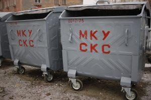 Благодаря областной помощи в Коркинском районе устанавливают новые баки