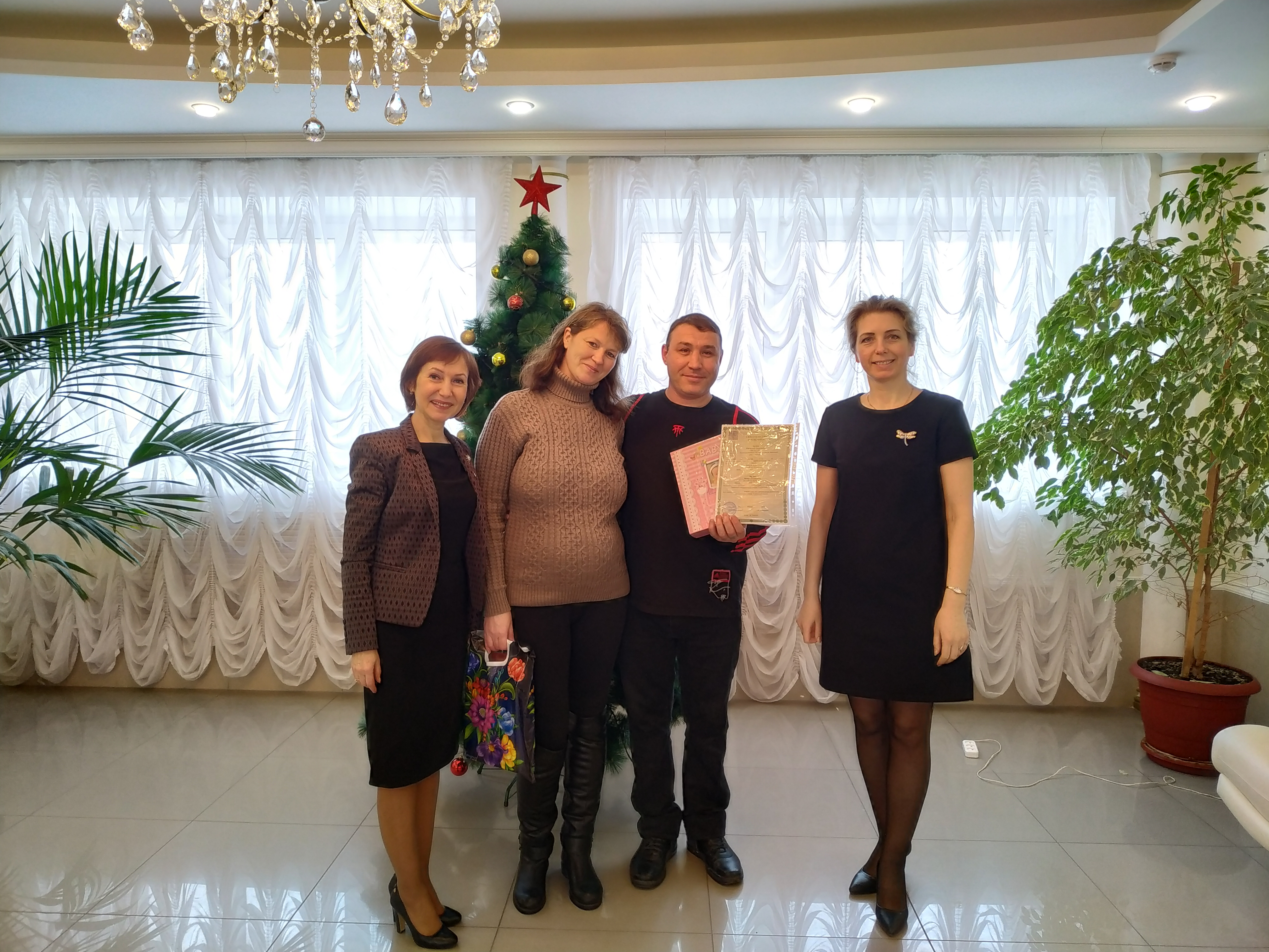 Алексей Текслер предложил увеличить материнский капитал до 100 тысяч рублей