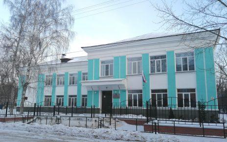 В Коркинском районе карантин введён ещё в двух школах, а в первой возобновляют учёбу