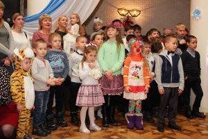 Коркинские ребятишки побывали на ёлках губернатора и главы района