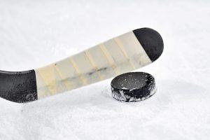 Коркинцы сыграют в хоккей на валенках