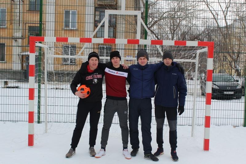 Коркинские студенты обыграли полицейских