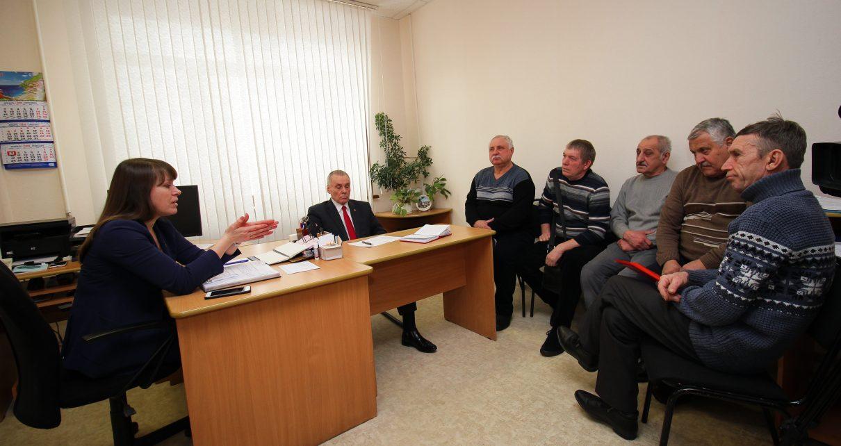 Глава Коркинского района Наталья Лощинина провела приём граждан