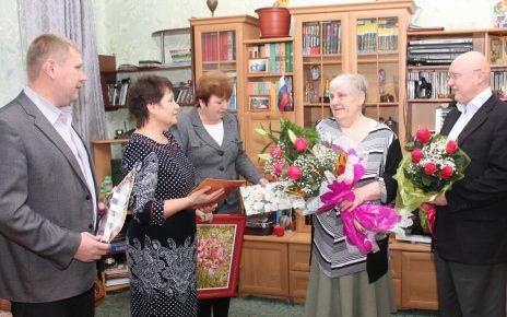 Завтра коркинцы проводят в последний путь заслуженного учителя Людмилу Арсентьевну Юсупову