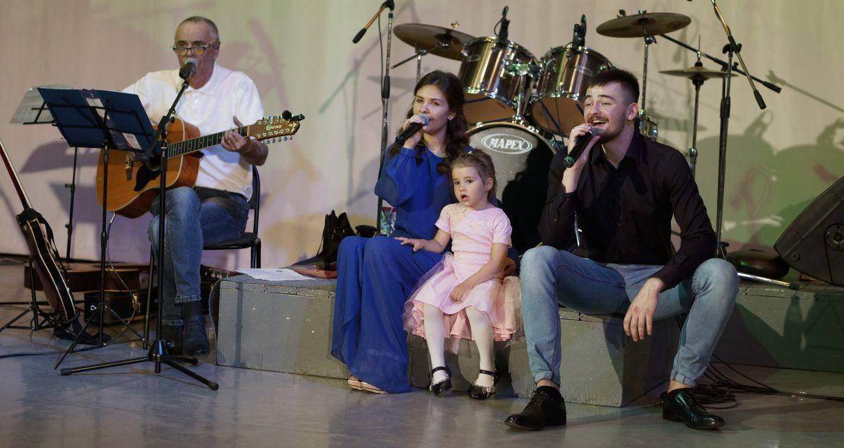 По заявкам коркинцев проведут концерт в День защитника Отечества