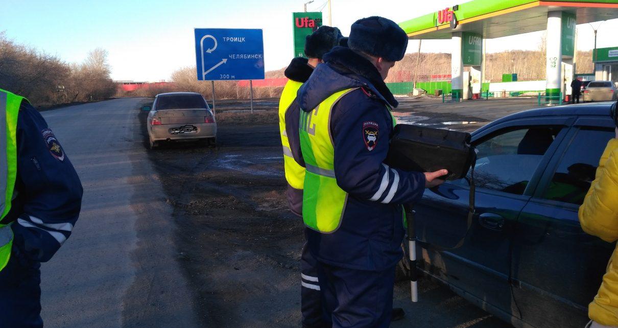 Сотрудники ГИБДД проверили коркинских водителей