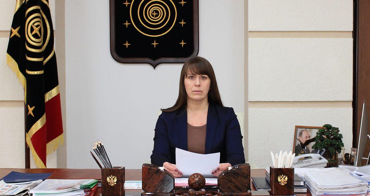 Глава района Наталья Лощинина просит коркинцев серьёзно отнестись к принимаемым мерам по самоизоляции