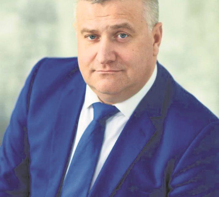 Дмитрия Гатова отстранили от должности