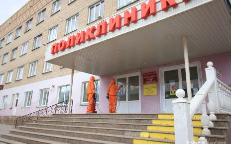Территории коркинских больниц обработали дезсредствами