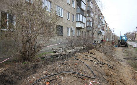 В Коркино на улице Сони Кривой идёт замена теплотрассы