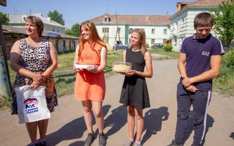Коркинские школьники получили планшеты от депутата Законодательного Собрания