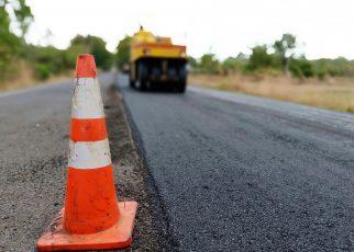 Начался ремонт дороги, ведущей в Первомайский посёлок
