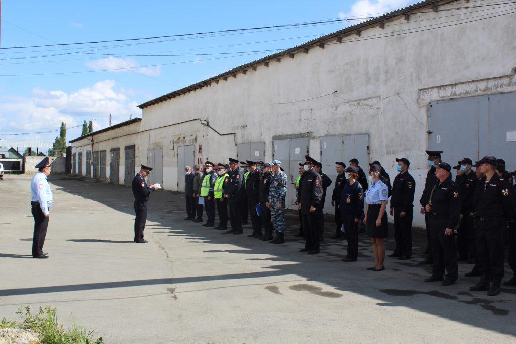 Коркинские полицейские провели ОПМ «Район» и задержали 71 нарушителя