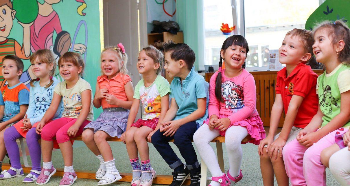 Почти 700 коркинских семей уже получили выплату на детей от 3 до 7 лет