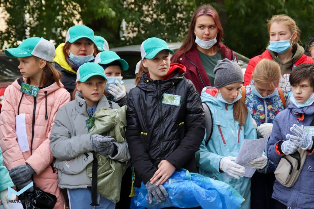 """Коркинцы участвовали в """"Чистых играх"""" и нашли куртку... Петра Первого!"""