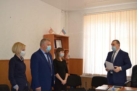 Дмитрий Гатов прошёл первый отбор на должность главы Еманжелинска. Конкурентки тоже в финале