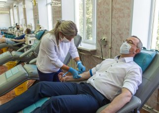 Коркинцы могут сдать кровь для больных ковидом