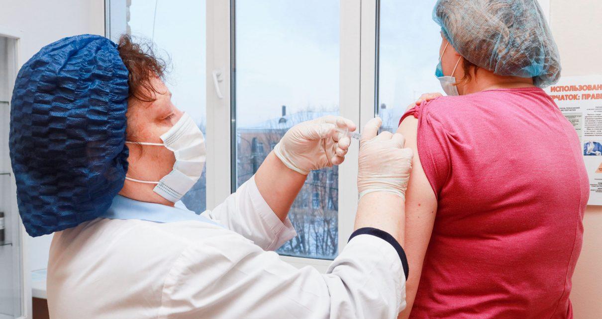Коркинцев начали записывать на вакцинацию от коронавируса