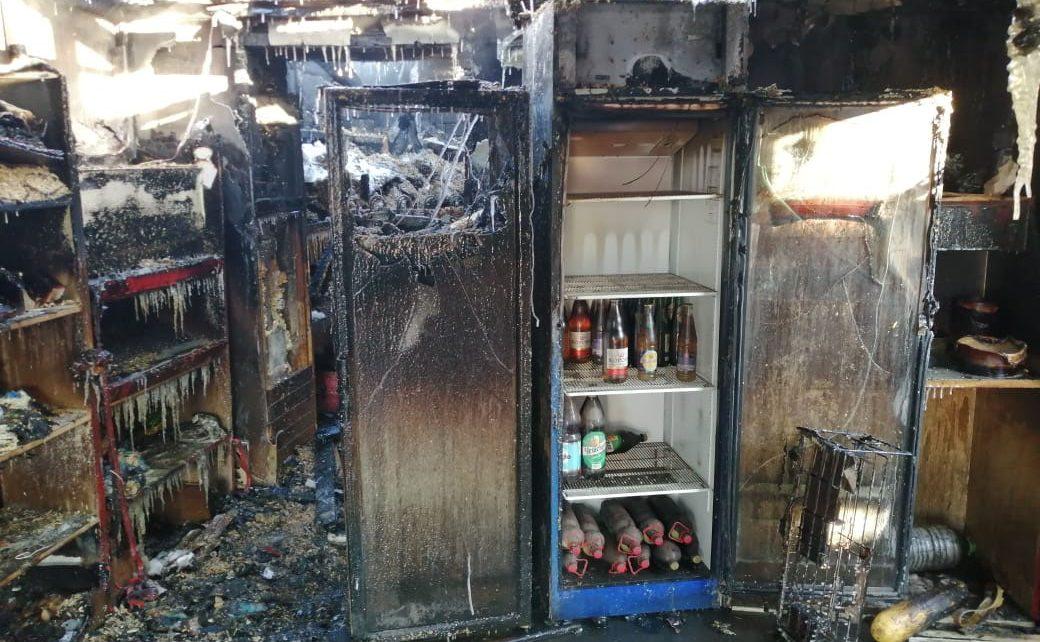 В торговом павильоне в Коркино не выдержала проводка и произошёл пожар