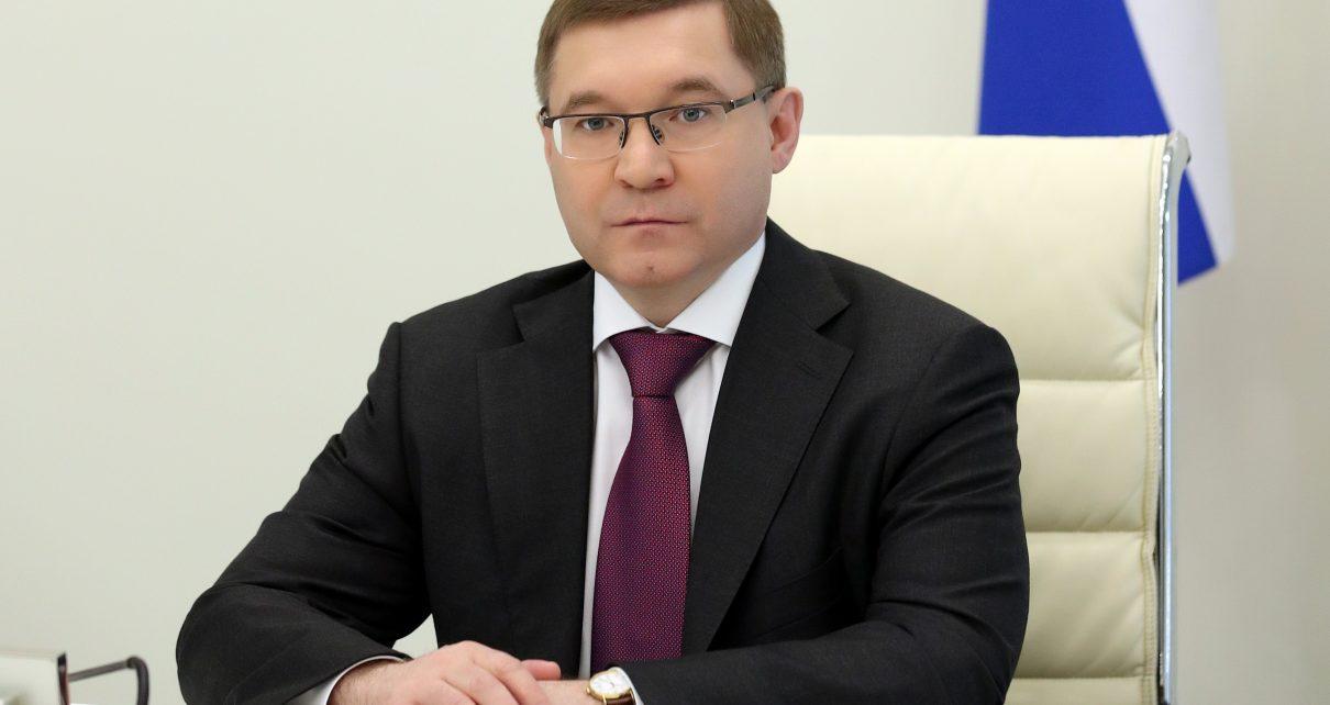 Полномочный представительпрезидента поздравил южноуральцев с днём рождения Челябинской области