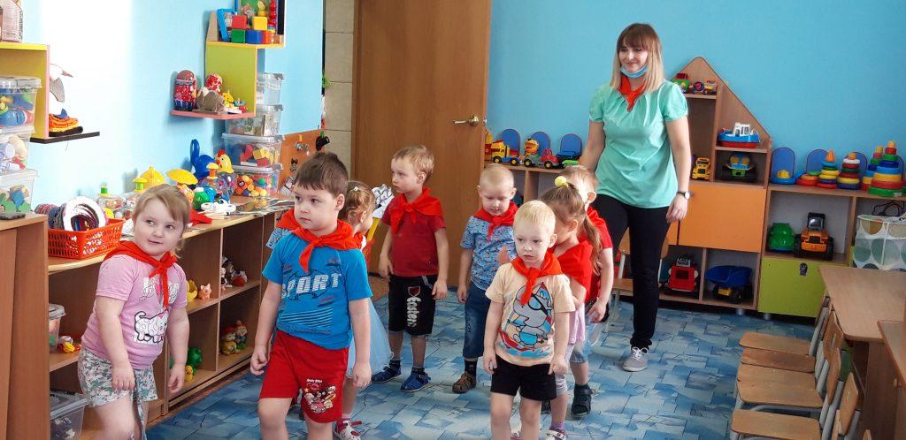 Первомайские дошколята хотят быть солдатами