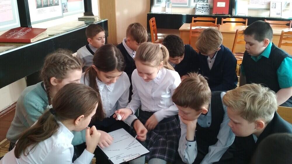 Коркинским школьникам рассказали о героях