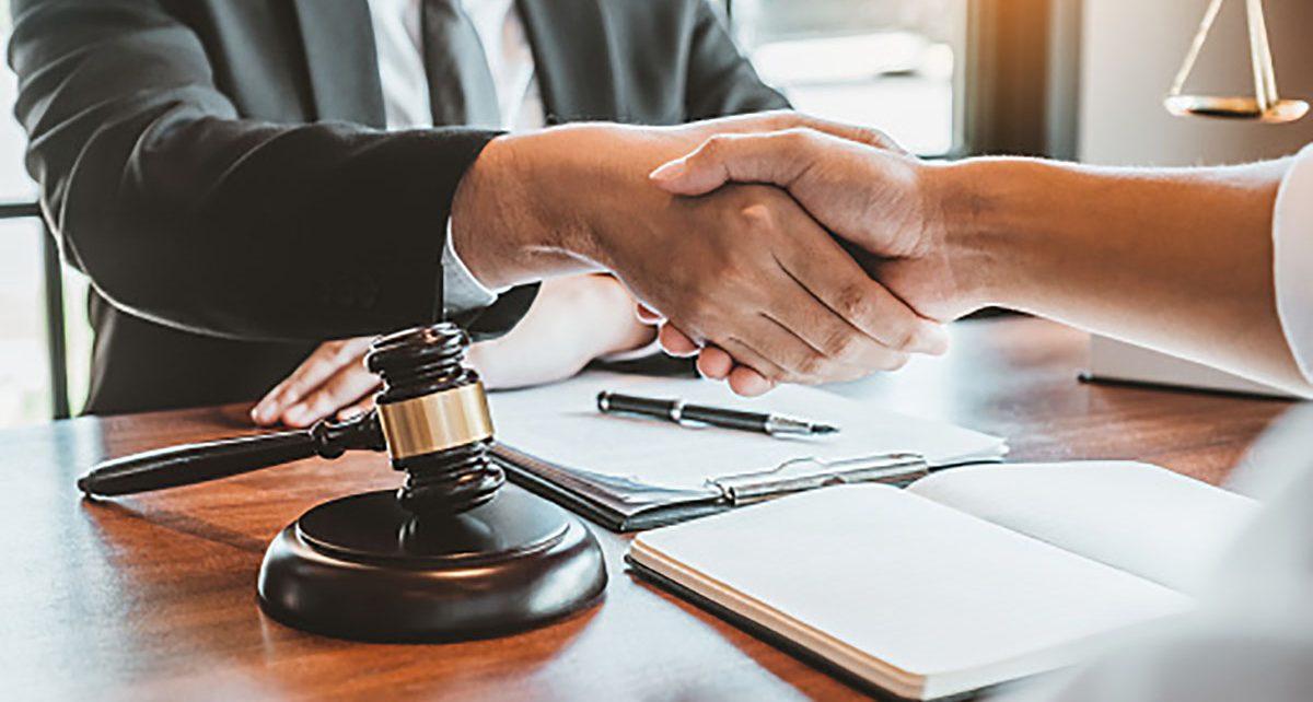 Для коркинцев проведут бесплатную юридическую консультацию