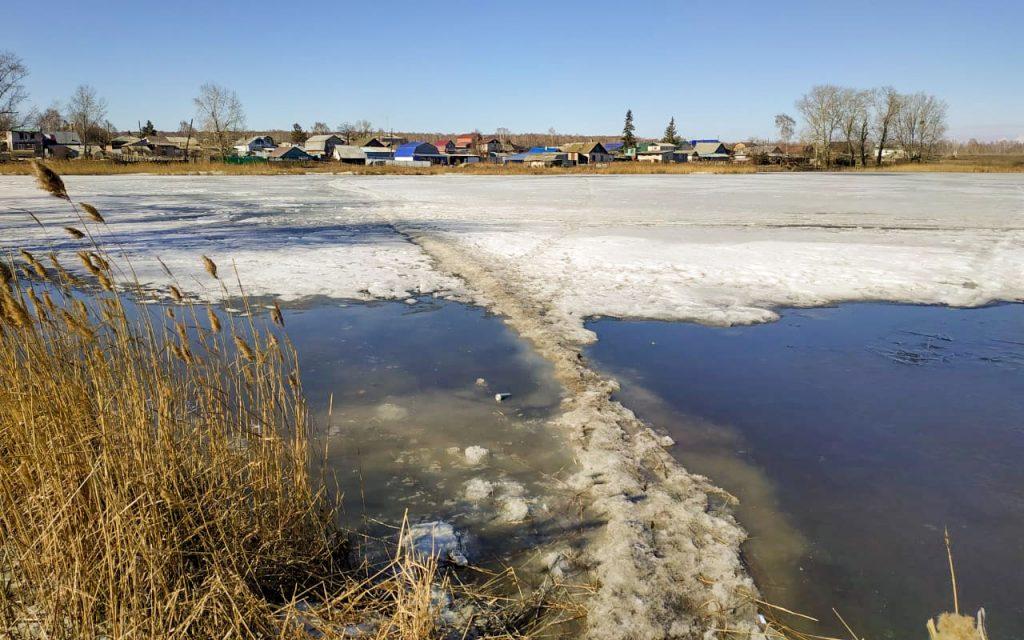 Коркинцев предупреждают об опасности тонкого льда на водоёмах