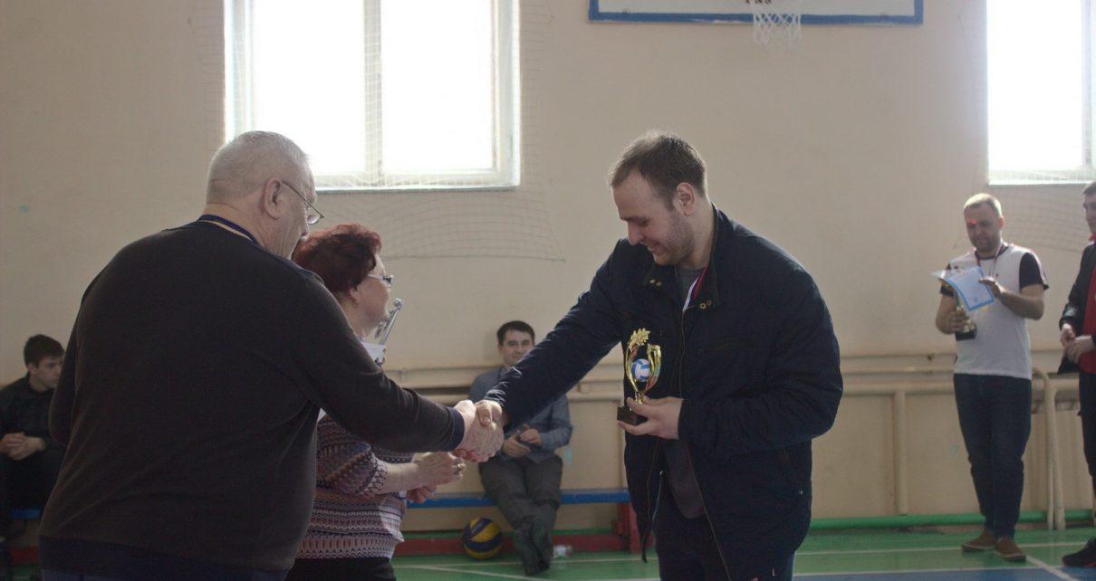 Ветераны-волейболисты Коркинского района в недоумении. Их забыли пригласить на турнир