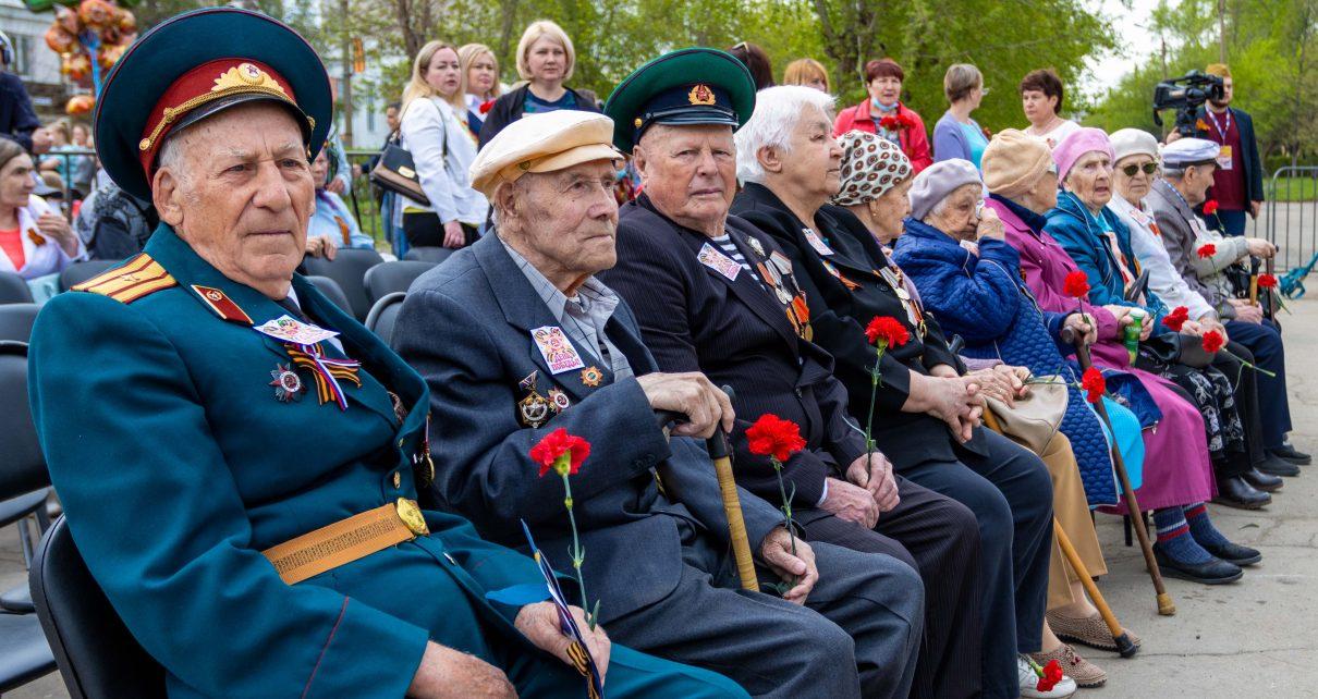 Коркинцы отмечают 76-ю годовщину Победы в Великой Отечественной войне